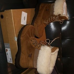 Ugg boots nwt